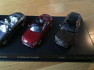 Audi A6 avant C6 break de 2004  au 1//43 de Minichamps