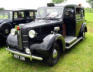 Нажмите на изображение для увеличения Название: 1948-58 Austin FX3.jpg Просмотров: 0 Размер:147.2 Кб ID:1391440