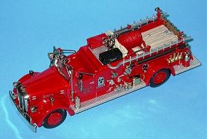 Нажмите на изображение для увеличения Название: Ward LaFrance 1946 Type 82-T_Fire Pumper F.D.N.Y. AH96.jpg Просмотров: 0 Размер:204.5 Кб ID:1248957