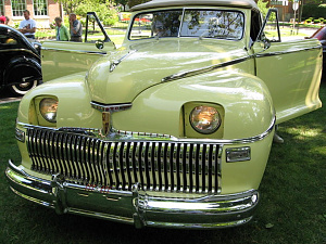 Нажмите на изображение для увеличения Название: 1942 DeSoto 4dr Sedan.jpg Просмотров: 0 Размер:206.5 Кб ID:1445961