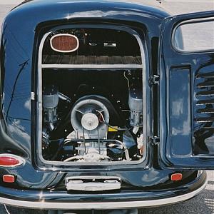 Нажмите на изображение для увеличения Название: 1958 Porsche 356 Carrera Sedan Delivery1.jpg Просмотров: 0 Размер:71.4 Кб ID:462589