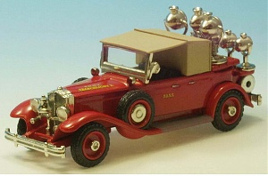 Нажмите на изображение для увеличения Название: Packard (8 cylinder) 1929 modified as F.D.N.Y. Searchlight 2 AH109-1.jpg Просмотров: 0 Размер:70.5 Кб ID:1248946